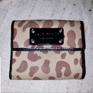 KATE SPADE BI FOLD LEOPARD SNAP BUTTON WALLET 🐆